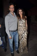 Raveena Tandon at The Dirty Picture Success Bash in Aurus, Mumbai on 14th Dec 2011 (23).JPG