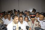 at Dev Anand_s prayer meet in Mehboob on 16th Dec 2011 (51).JPG