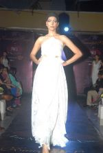 on the ramp for Kawaljeet Show at The Wedding Cafe in Andheri, Mumbai on 16th Dec 2011 (57).JPG