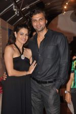 Chetan Hansraj, Lavinia Hansraj at Lavina Hansraj furnishing launch in Mumbai on 18th Dec 2011 (4).JPG