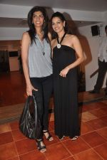 Lavinia Hansraj at Lavina Hansraj furnishing launch in Mumbai on 18th Dec 2011 (83).JPG