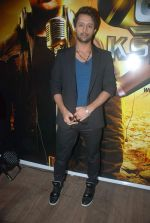 Atif Aslam at Sahara One new show launch in J W Marriott on 20th Dec 2011 (21).JPG