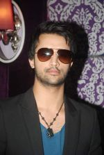 Atif Aslam at Sahara One new show launch in J W Marriott on 20th Dec 2011 (27).JPG