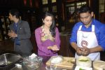 Ridhi Dogra on the sets of Master Chef in R K Studios on 20th Dec 2011 (98).JPG