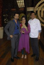 Sanjeev Kapoor, Ridhi Dogra on the sets of Master Chef in R K Studios on 20th Dec 2011 (89).JPG
