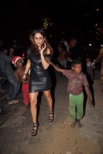 Amrita Arora at Midnight mass in Bandra, Mumbai on 24th Dec 2011 (58).JPG