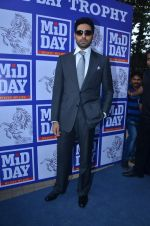 Abhishek Bachchan at Mid-Day Race in RWITC, Mahalaxmi on 25th Dec 2011 (141).JPG