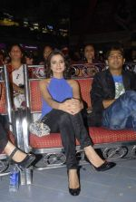 Kulraj Randhawa at Mulund Festival 2011 in Mulund on 26th Dec 2011 (36).JPG