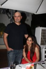 Atul Agnihotri, Alvira Khan at Rati Agnihotri_s bash for son Tanuj in Bandra, Mumbai on 27th Dec 2011 (9).JPG