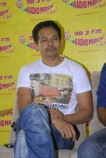 Atul Kulkarni with the star cast of Chaalis Chaurasia at Radio Mirchi in Parel, Mumbai on 27th Dec 2011 (32).JPG