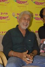 Naseeruddin Shah with the star cast of Chaalis Chaurasia at Radio Mirchi in Parel, Mumbai on 27th Dec 2011 (4).JPG