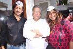 amitabh dayal, vikram gokhale and anusha  at the recording of anti-corruption song, Dhuaan Against Corruption.jpg