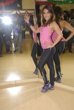 Aarti Chabbria practises for New Year_s bash in Andheri, Mumbai on 29th Dec 2011 (17).JPG