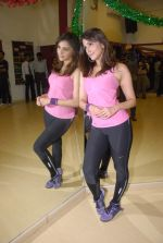 Aarti Chabbria practises for New Year_s bash in Andheri, Mumbai on 29th Dec 2011 (20).JPG