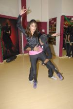 Aarti Chabbria practises for New Year_s bash in Andheri, Mumbai on 29th Dec 2011 (28).JPG