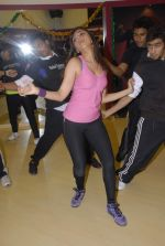 Aarti Chhabria practises for New Year_s bash in Andheri, Mumbai on 29th Dec 2011 (44).JPG