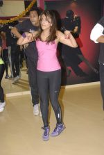 Aarti Chhabria practises for New Year_s bash in Andheri, Mumbai on 29th Dec 2011 (51).JPG