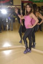 Aarti Chhabria practises for New Year_s bash in Andheri, Mumbai on 29th Dec 2011 (57).JPG