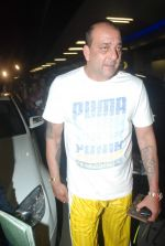 Sanjay Dutt snapped at airport as they enter Big Boss on 29th Dec 2011 (10).JPG