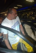 Sanjay Dutt snapped at airport as they enter Big Boss on 29th Dec 2011 (15).JPG