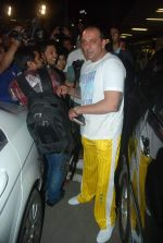 Sanjay Dutt snapped at airport as they enter Big Boss on 29th Dec 2011 (8).JPG
