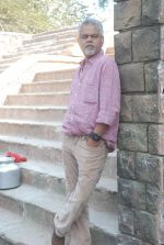 Sanjay Mishra on location of film Pranam Walkum in Filmcity, Mumbai on 29th Dec 2011 (15).JPG