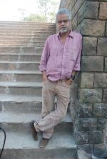 Sanjay Mishra on location of film Pranam Walkum in Filmcity, Mumbai on 29th Dec 2011 (18).JPG