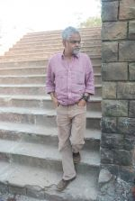 Sanjay Mishra on location of film Pranam Walkum in Filmcity, Mumbai on 29th Dec 2011 (27).JPG
