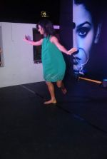 Shakti Mohan at Zee_s Dance India Dance bash by Shakti Mohan in Andheri, Mumbai on 29th Dec 2011 (68).JPG