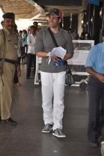 Tusshar Kapoor snapped at the Domestic Airport in Mumbai on 29th Dec 2011 (12).JPG