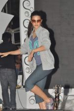Jacqueline Fernandez practice for Sahara Star Seduction in Sahara Star on 30th Dec 2011 (101).jpg