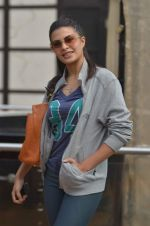 Jacqueline Fernandez practice for Sahara Star Seduction in Sahara Star on 30th Dec 2011 (110).JPG