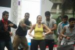 Neha Dhupia practice for Sahara Star Seduction in Sahara Star on 30th Dec 2011 (100).JPG