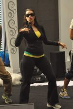 Neha Dhupia practice for Sahara Star Seduction in Sahara Star on 30th Dec 2011 (18).JPG