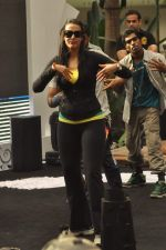Neha Dhupia practice for Sahara Star Seduction in Sahara Star on 30th Dec 2011 (22).JPG