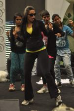 Neha Dhupia practice for Sahara Star Seduction in Sahara Star on 30th Dec 2011 (26).JPG
