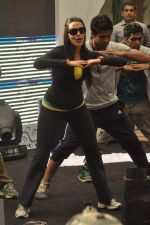 Neha Dhupia practice for Sahara Star Seduction in Sahara Star on 30th Dec 2011 (27).JPG