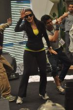 Neha Dhupia practice for Sahara Star Seduction in Sahara Star on 30th Dec 2011 (34).JPG