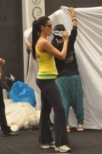 Neha Dhupia practice for Sahara Star Seduction in Sahara Star on 30th Dec 2011 (41).JPG