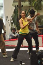 Neha Dhupia practice for Sahara Star Seduction in Sahara Star on 30th Dec 2011 (64).JPG