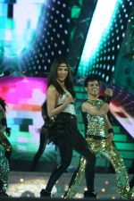 Priyanka Chopra performs at BIG Star Entertainment Awards 2011-4.JPG