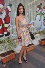 Shilpa Saklani at Survivor show bash in Tryst, Mumbai on 30th Dec 2011 (8).JPG