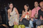Shilpa Saklani, Munisha Khatwani at Survivor show bash in Tryst, Mumbai on 30th Dec 2011 (18).JPG