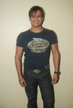 Vivek Oberoi new year_s press meet in Country Club on 30th Dec 2011 (12).JPG