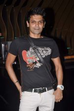 at Survivor show bash in Tryst, Mumbai on 30th Dec 2011 (34).JPG