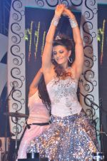 Jacqueline Fernandez at Sahara Star Seduction for New Year_s Eve on 31st Dec 2011 (169).JPG