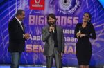 Sonam Kapoor, Neil Mukesh, Sanjay Dutt On the sets of Bigg Boss 5 with Players star cast on 31st Dec 2011 (160).JPG