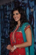 Sunny Leone On the sets of Bigg Boss 5 with Players star cast on 31st Dec 2011 (294).JPG