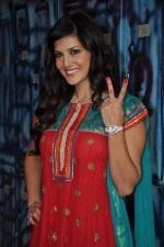 Sunny Leone On the sets of Bigg Boss 5 with Players star cast on 31st Dec 2011 (296).JPG
