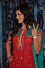 Sunny Leone On the sets of Bigg Boss 5 with Players star cast on 31st Dec 2011 (297).JPG